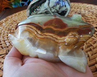 Pakistani Onyx Frog ~ One Reiki Infused gemstone frog approx 4 inches long (E06)