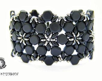 English pattern for the Tamirinde bracelet