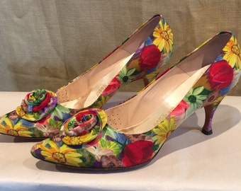 VTG 50's FLOWERED PUMPS 7.5 aaa
