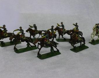 Lead figures: Civil War Confederate Cavalry Charging - set of 9 in original box