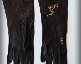 Women's Vintage Leather Gloves Black with Embroidered Flowers - Small