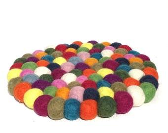 Round felt balls trivet hand made in Nepal