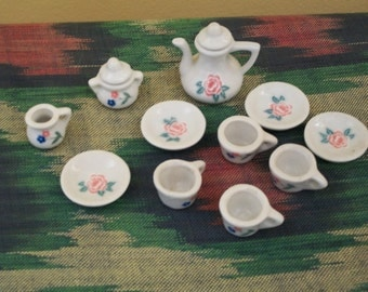 Doll's Tea Set