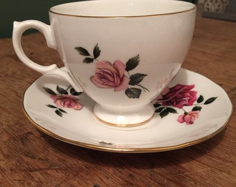 Vintage 1950's Royal Vale Teacup & Saucer