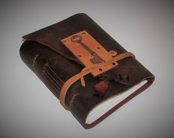 "Valentines Day Gift -Handmade Leather Journal, Leather Bound Book, Travel Diary, Garden Sketchbook, Antique Skeleton Key 6"" x 7"""