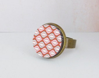 Ring mosaic wood cabochon red pink bronze