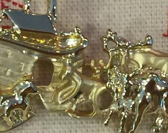 Vintage Gold-Tone Noah's Ark Brooch Pin with Giraffes Elephants Zebras