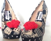 Queen of hearts, mad hatter alice in wonderland, black & white shoes,  wedding shoes, bridal shoes,wedding shoes felt flowers.