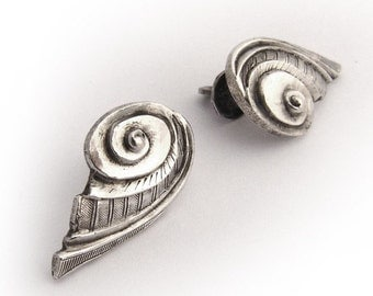SaLe! sALe! Chinese Shell Form Screw Back Stud Earrings 800 Silver 1930
