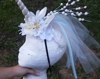 Unicorn Headdress, Unicorn Headpiece, White Unicorn Horn, Mane, Headband, Unicorn Costume, Horn Headdress, Burlesque, Unicorn Horn