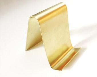 Minimal brass card holder display