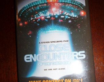 Close Encounters of the Third Kind. Movie/DVD promotional Badge/pin.
