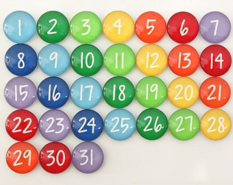 31 Gorgeous Rainbow Calendar Number Glass Magnets for dry erase calendar HANDWRITING