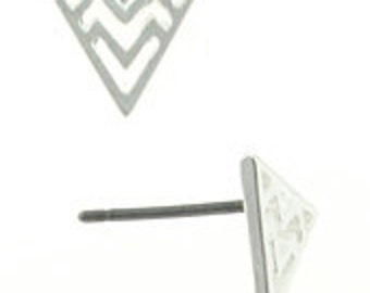 Chevron Patterened Stud Earrings