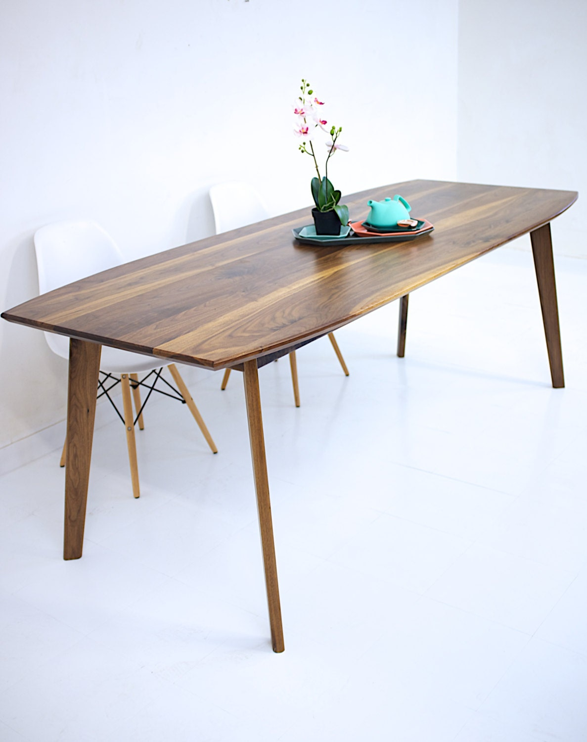Dining table walnut dining table modern walnut table wood for Wood modern dining table