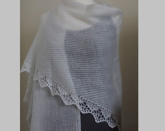 Knitted triangular shawl