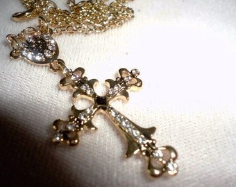 A Flawless Crystals Cross Necklace*****
