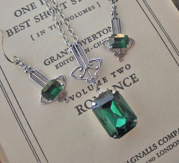 Emerald Art Deco Pendant Silver Art Deco Emerald Green
