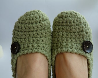 Ready to ship! Crochet Slippers Womans Home Shoes Green Slippers Girl's slippers Wooden Buttons Gift For Her