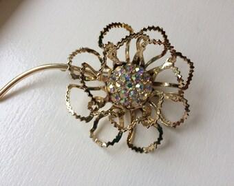 Vintage Sarah Coventry Aurora Borealis Rhinestone Flower Brooch