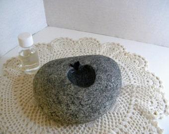 Aromatherapy Aroma Oil, Warming Stone