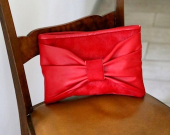 "Leather clutch ""Bow"""