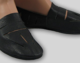 Mary Rose Shoes - Period shoes from the Tudor Ship Mary Rose.