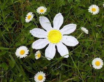 Crochet Daisy flower brooch hairpin pattern-crochet flower-crochet daisy-crochet pattern-crochet jewelry brooch-crochet wedding accessories