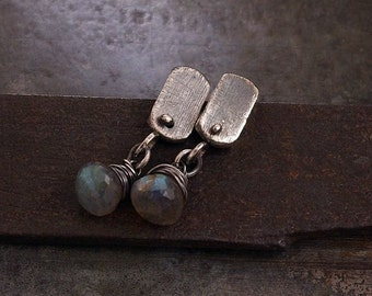 Sale 10 - 20 % OFF • USE CODE ! •  labradorite stud earrings • 925 sterling silver • raw silver •  simple everyday studs • oxidized silver