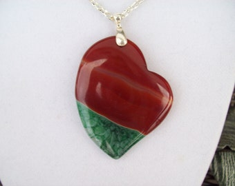 Red/green Agate Heart pendant with chain