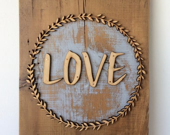 Love Boxwood Barn Wood Wall Sign