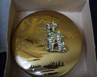 Vintage Dorset 5th Avenue Goldtone Compact , Unusual Old Powder Compact with Country Lane Beehive Decor, Trees with Fence And Bejeweled Bees