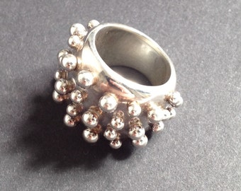 Vintage Sterling Silver Stud Ring