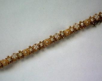 Petite Faux Seed Pearl Bracelet - 4283