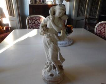 MARWEL YOUNG GIRL Figurine