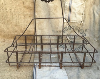 Vintage/antique metal milk bottle carrier crate/ wire basket/ wire rack carrier farmhouse kicthen 8 glass bottle holder