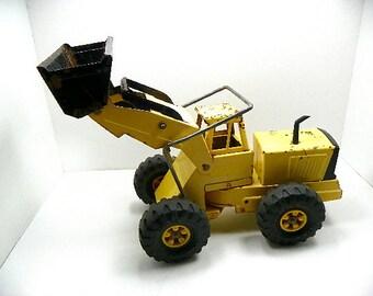 Vintage Tonka Toys Steel Front End Loader with Adjustable Loader