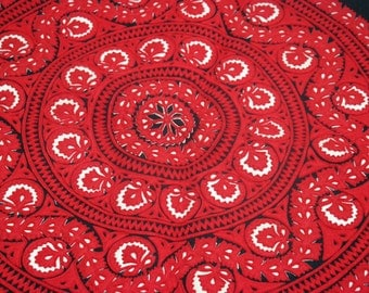 Overlay Table Cloth,  vintage item from 1980, felt table cover, red and black color, hungarian motives,overlay tablecover