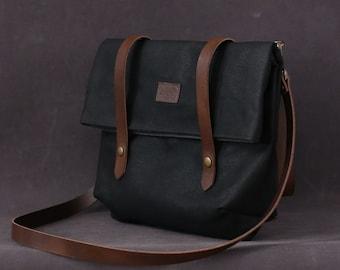 Waxed canvas bag EMMA black