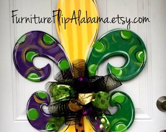 Mardi Gras door hanger,Mardi gras fleur de lis door decor,Mardi gras wreath,wooden door hanger, Mardi gras wreath,trendy door decor