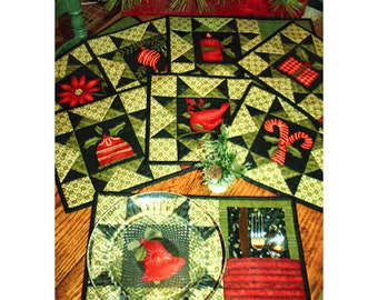 Fine Dining #542 Panel Sewing Pattern Pieces from my Heart, Sandy Gervais Placemats  Size:  10x16 placemats, napkins 12x12  Uncut