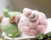 DIY Felt Colorful Sheep Kit/ Felt Wool sheep / Needle Felting Kit / Needle Felting Fairy Kits /needle Felting Kits