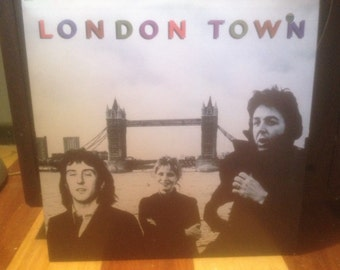 Wings - London Town (includes poster)- Vinyl