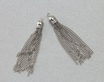 Silver Metal Tassel . Polished Original Rhodium Plated . 10 Pieces / T0010S-SV010