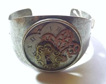 Steampunk cuff bracelet, steampunk jewelry, cuff bracelet, metal bracelet, steampunk, statement, vintage jewelry