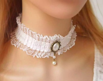 Romantic White Lace Choker Necklace, Collar Necklace, Gothic Choker, Bridal Choker