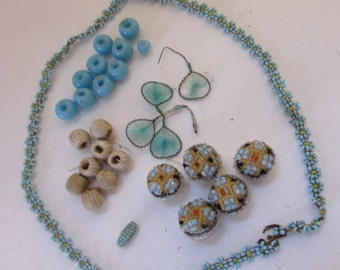 SALE! Vintage Buttons Sewing Decorations Turquoise Color Seed Bead Daisies Seed Beed Buttons Sewing Beads Child Necklace Vintage Supplies