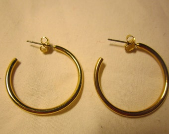 1970s Gold Hoop Earrings