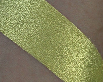 Duochrome Eyeshadow: Adore. Golden Yellow Sparkles shimmer dupe pigmented vegan