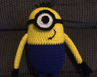Crochet stuffed minion